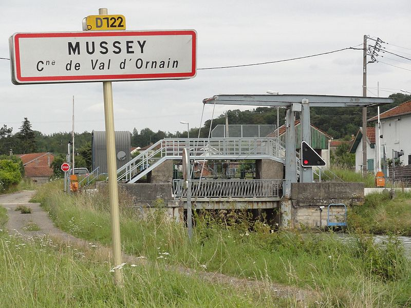 Val-d'Ornain (Meuse) Mussey, city limit sign