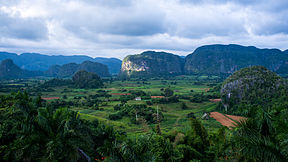 Viñales Valley.jpg