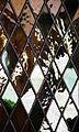 Vidro de uma janela no Paço dos Duques em Guimarães.jpg