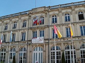 Vittel - Hôtel de Ville (City Hall) of Vittel during the 2009 Tour de France.