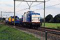 Volker 203-2 met o.a. kraan (14683189428).jpg