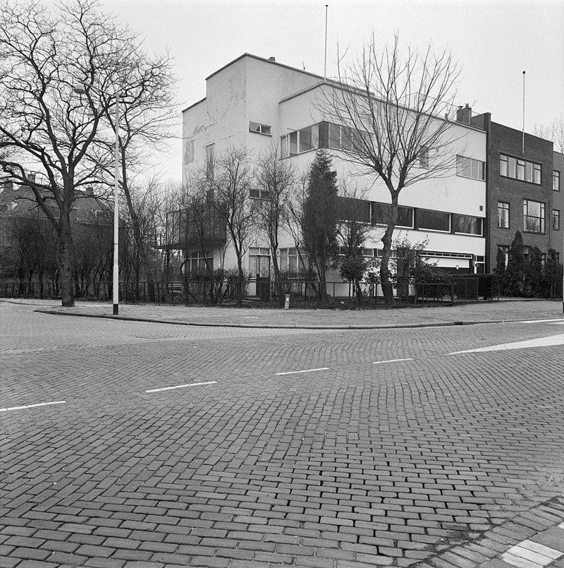 Het van der leeuw huis woonhuis met daarachter een for Woonhuis rotterdam