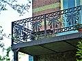 Wépion - Balkon mit geschmiedetem Geländer.jpg