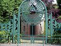 Walkden Gardens, The Dovecote - panoramio.jpg