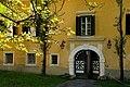 Wernberg Damtschacher Straße 18 Schloss Damtschach Portal 27082006 55.jpg