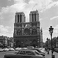 Westgevel van de Cathédrale de Notre-Dame op het eiland Île de la Cité, Bestanddeelnr 254-0467.jpg