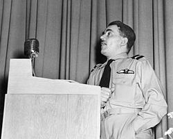 Frank Whittle speaking to employees of the Flight Propulsion Research Laboratory (now known as the NASA Glenn Research Center), USA, in 1946