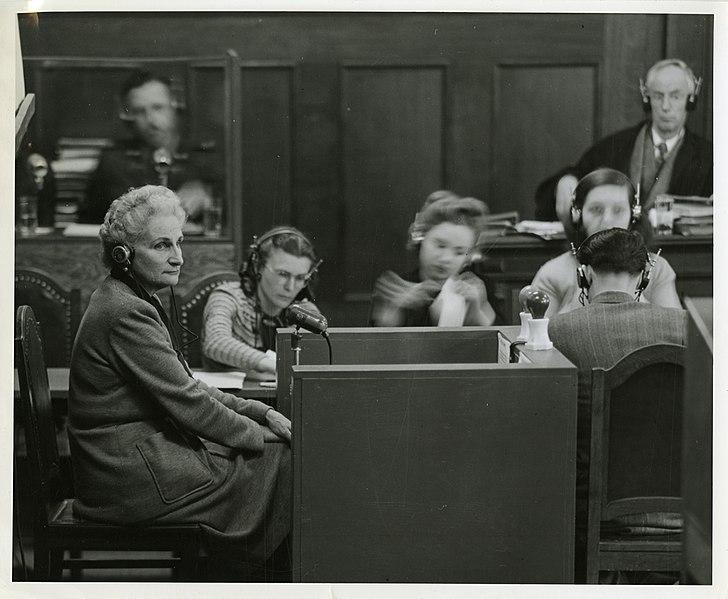 https://upload.wikimedia.org/wikipedia/commons/thumb/c/ca/Witness_Hanna_Solf.jpg/728px-Witness_Hanna_Solf.jpg