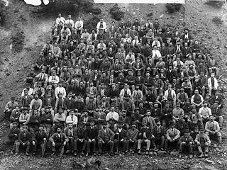 Workers at Glyndyfrdwy quarry, Corwen