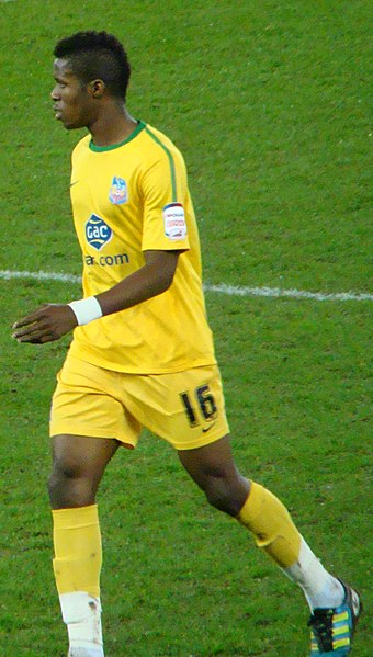 File:Zaha-Cardiff-v-Crystal-Palace-Carling-Cup-SF.jpg