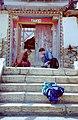 Zhongdian monastery, October 1999 05.jpg