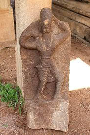 """A statue in the Hall Of Hundred Pillared Mandapam Or Car"".JPG"