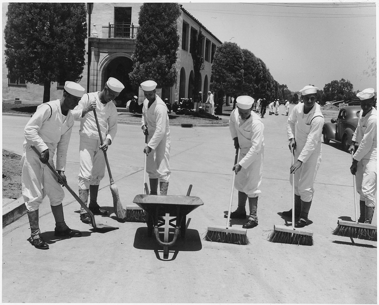 Px Six Sailors Sweeping Sidewalks At Naval Training Center C San Diego C California Nara