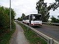 Šeberov, K Hrnčířům, autobus 165.jpg