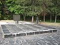 Братська могила воїнів Радянської Армії 3.jpg