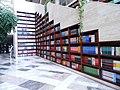 Оформление лестницы в библиотеке г. Карамай.jpg