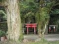 亀山公園稲荷神社 - panoramio.jpg