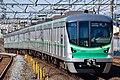 東京メトロ16000系16021編成.jpg