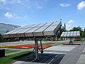 楼前的太阳能电池 (Solarcell panels) - panoramio.jpg