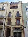 002 Edifici al c. Anselm Clavé, 33 (Valls).jpg