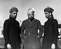 01-00-1948 03940B Delegatie Ahmadiyya beweging (5786243730).jpg