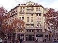 048 Edifici al pg. de Gràcia, 42 (Barcelona), cantonada c. Consell de Cent.jpg