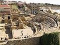 104 Amfiteatre romà, graderia sud i ruïnes de Santa Maria del Miracle.jpg