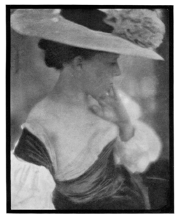 108 Portrait of Mrs. White-Clarence H. White