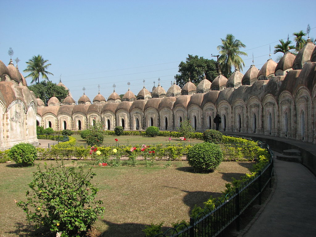 108 shiva temples in kalna.JPG