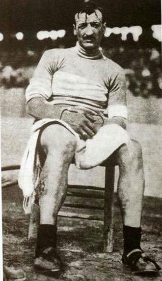Giro d'Italia - Image: 1234883933Luigi Ganna Milaan 1909