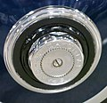 1928 Hispano-Suiza hubcap detail - 15675734229 (cropped).jpg