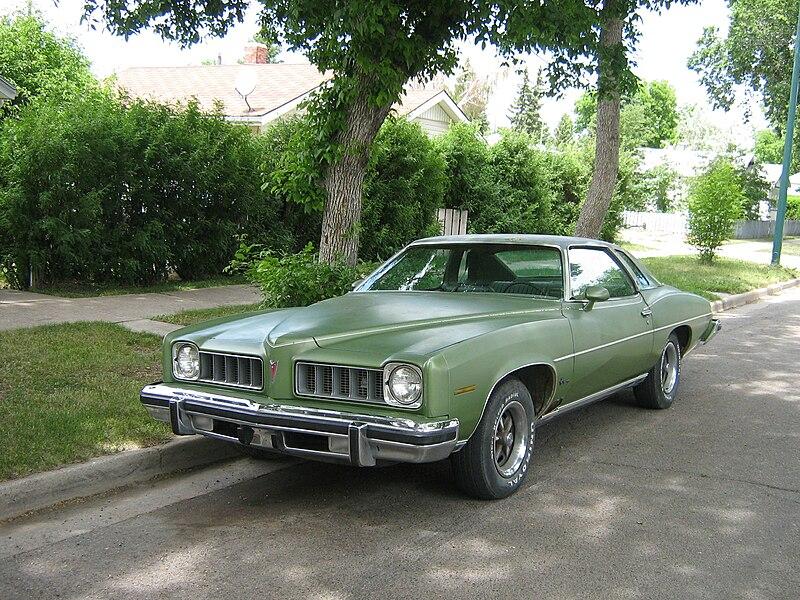 File:1974 Pontiac LeMans (3646246070).jpg