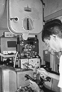 Projectionist person who operates a movie projector