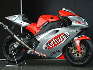 Fortuna (cigarette) - The Yamaha YZR-M1 used by Carlos Checa in the 2003 Grand Prix motorcycle racing season.