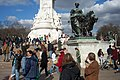 2005-03-25 - United Kingdom - England - London - Attack of the Tourists - Victoria Monument 4887150023.jpg