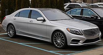 Mercedes-Benz S-Class - Image: 2014 Mercedes Benz S550 (US) lwb