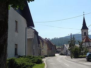 Rakitnik - Image: 2014 Slovenia Rakitnik (1) (14557287697)