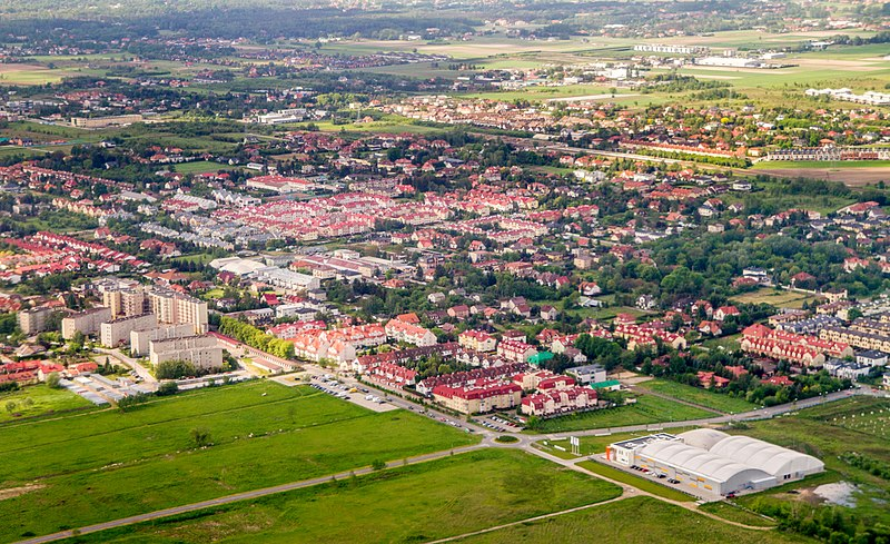File:2017-05-27 Piaseczno aerial view 6.jpg