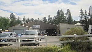 Three Rivers, Oregon - Second Tern Thrift Shop in Three Rivers