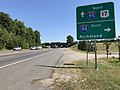 2019-08-12 11 05 24 View north along U.S. Route 1 and U.S. Route 17 (Jefferson Davis Highway) at the exit for Interstate 95 SOUTH (Richmond) in Fourmile Fork, Spotsylvania County, Virginia.jpg