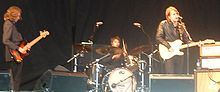 22-20s live Glastonbury 2004.jpg