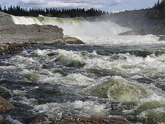 Caniapiscau River - Limestone Falls