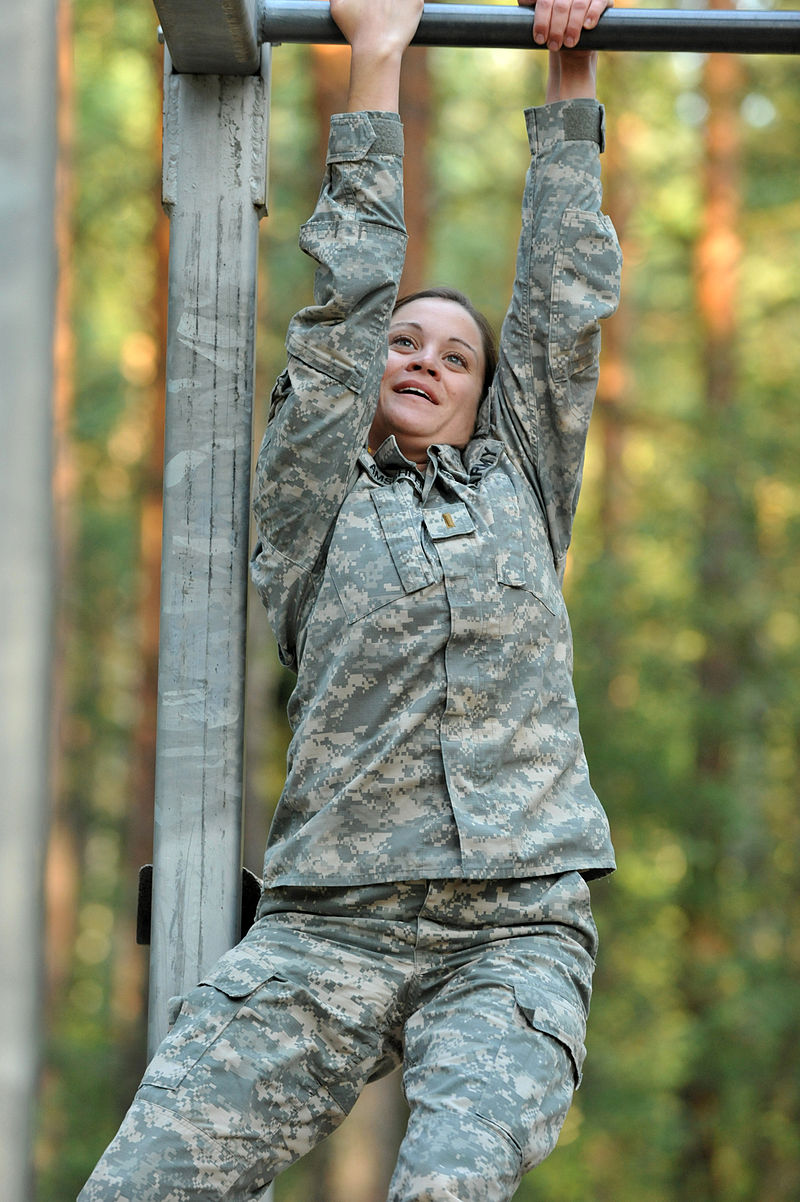 US Army on obstacle course