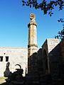 489 Monastère de Tatév Colonne servant d'alerte lors des temblements de terre.JPG