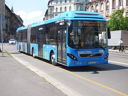 A Volvo 7900A Hybrid in Budapest on Line 5 operated by BKK 5-os busz (MYK-372).jpg