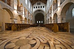 Rochefort, Belgium - Image: 8250 Church of Abbaye Notre Dame de Saint Remy Rochefort 2007 Luca Galuzzi