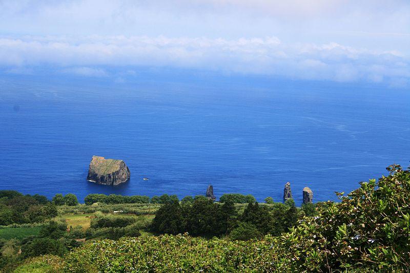 File:Açores (7776709530).jpg
