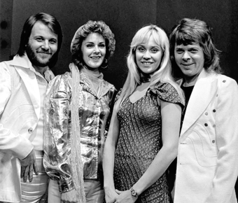 The Swedish band ABBA in April 1974, a few days after they won the Eurovision Song Contest ABBA - TopPop 1974 5.png