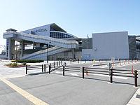 AONAMI Line Sasashima-Raibu Station 01.JPG
