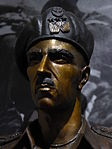 A bust of Władysław Anders, commander of the 2nd Polish Corps in WW2 (15032879603).jpg